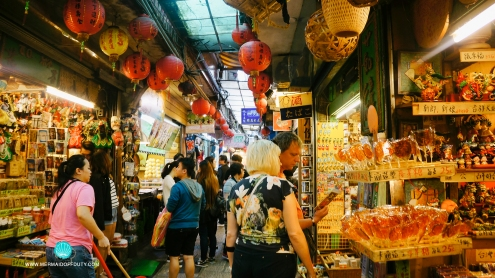 Street-food shacks and Souvenirs